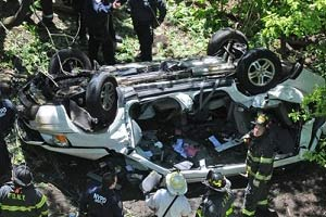 Woman Killed in Early Morning Crash in Queens on Nassau Expy